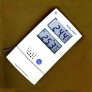 Termometru vorbitor de interior şi exterior, în limba engleză