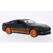 Ford Mustang GT, Harley Davidson , mate-negro/anaranjado, 2015, Modelo de Auto, modello completo, Maisto 1:24
