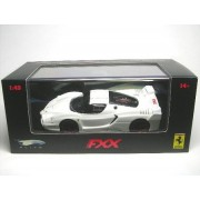 MATTEL DL 1/43 Modellino Auto Ferrari FXX (White Pearl / Black Williamstown) Elite (Importato da Giappone)