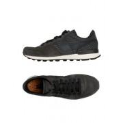 NIKE INTERNATIONALIST LUX - CHAUSSURES - Sneakers & Tennis basses - on YOOX.com