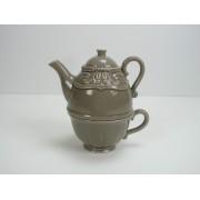 Tea for One, Teekanne mit Teetasse in grau