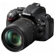 Nikon D5200 kit (18-105mm VR)