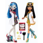 Ora de chimie cu Cleo DeNile si Ghoulia Yelps - Monster High