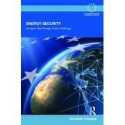 Energy Security by Richard Youngs