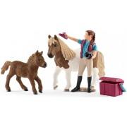 Schleich Paardenverzorgster met Shetland Pony - 42362