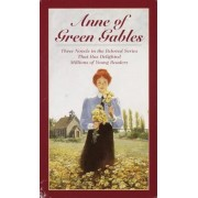 Anne of Green Gables, 3-Book Box Set, Volume I: Anne of Avonlea; Anne of the Island; Anne of Green Gables, Paperback
