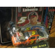 Racing Champions 2001 Pre Chase the Race 1:64 No.5 Terry Labonte Chrome-Chase Car with Racing Car Co