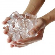 Apoyos magicos agua absorcion expansion Ice Cube - amarillo claro