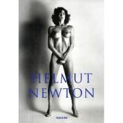 Helmut Newton , sumo