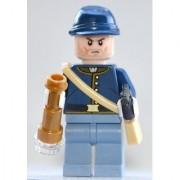 Lego Lone Ranger Minifigure: Calvary Soldier 1 with Satchel Spyglass & Revolver