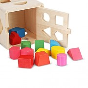 aPerfectLife Wooden Shape Sorting Cube Classic Square Shape Sorter Baby First Blocks Shape-Sorting Toy for Early Learning for 3 Year Olds