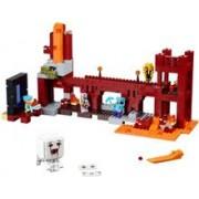 Lego® Minecraft Fortareata Din Nether - 21122