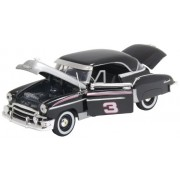 Motormax RCR Series 1:24 Die-Cast 1950 Chevy Bel Air