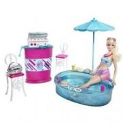 T9082 Mattel - Barbie y muebles de lujo, barbacoa y piscina