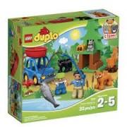 LEGO DUPLO La pescuit pe lacul din padure 10583