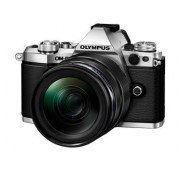 Olympus OM-D E-M5 Mark II Mirrorless Camera (Black) with M. Zuiko Digital ED 14-150mm Lens