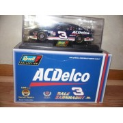 1998 Revell AC Delco #3 Dale Earnhardt 1:24 Diecast Replicas. COA Enclosed. Earhardt Misspelled on a