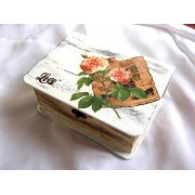 Cutie lemn decorata cu trandafir 23833