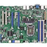 ASRock - Scheda server/workstation E3C224-4L (presa 1150, Intel C224, DDR3, S-ATA 600, ATX)