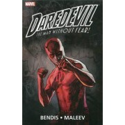 Daredevil By Brian Michael Bendis & Alex Maleev Ultimate Collection Vol. 2 by Brian Michael Bendis