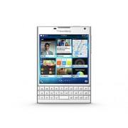 BlackBerry Passport (White)