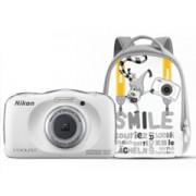 Nikon Coolpix S33 fehér KIT digitális fényképezőgép