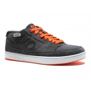 Five Ten Spitfire Shoes Men dark grey/bold orange 42,5 Bike Schuhe