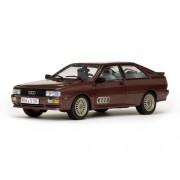 Sunstar 4159 - Modellino Auto 1981 Audi Quattro Coupe Saturn Metallic Red Scala 1:18