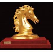 """Ръчно изработена статуетка с 22 карата златно покритие """"Глава на кон"""" (A044)"""