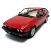 1980 Alfa Romeo Alfetta GTV 2.0 1/18 Red [Toy] (japan import)