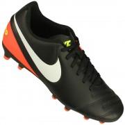 Chuteira Campo Nike Tiempo Rio III IC