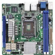 ASRock E3C226D2I - Scheda madre per server/workstation (socket 1150, Intel C226, DDR3, S-ATA 600, M-ITX)