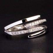 Anel de Ouro Branco com 22 Diamante de 1 Ponto