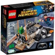 LEGO® Super Heroes DC UNIVERSE Înfruntarea Eroilor 76044