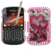 Samrick Hearts In Love Coque de protection à strass avec protecteur d'écran, chiffon microfibre et stylet argenté pour BlackBerry Bold Touch 9900 et 9930 Rose