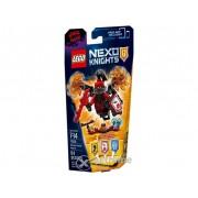 LEGO ® Nexo Knights Supremul General Magmar 70338