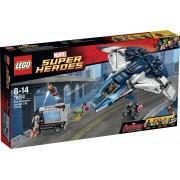 LEGO Super Heroes De Avengers Quinjet Stad Achtervolging - 76032
