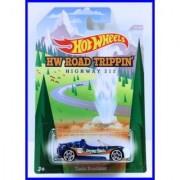 2014 Hot Wheels Hw Road Trippin (31-32) Highway 212 - Tesla Roadster