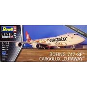 Revell 04949 - Boeing 747 - 8 F Cargolux Cutaway in scala 1: 144
