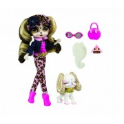Pinkie Cooper Deluxe Travel Collection Doll and Pet in Beverly Hills
