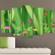 Декоративен панел за стена в зелено с нежни горски цветя Vivid Home