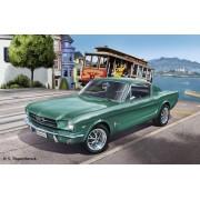 Revell '65 Ford Mustang 2+2 Fastback 1:24 autó makett 7065