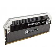 Corsair CMD16GX4M2A2666C15 Dominator Platinum Kit di Memoria da 16 GB, 2x8 GB DDR4, 2666 MHz, CL15 XMP 2.0 Enthusiast, Nero