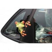 Samolepka na auto žába