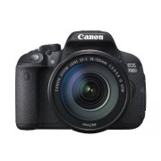 Canon EOS 700D + EF-S 18-135mm IS STM [Spagna]