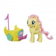 Figurine My Little Pony Avec Véhicule Royal Tournant : Fluttershy