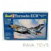 Revell - Самолет Tornado ECR TigerMeet 2011 - модел за сглобяване