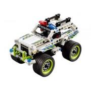 LEGO® Technic 42047 - Polizei-Interceptor