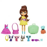 Littlest Pet Shop Travel Trendy Blythe and Pets Set by Littlest Pet Shop