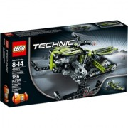 Lego Technic Snowmobile / motorne sanke 42021